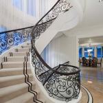Foyer w/ Staircaes