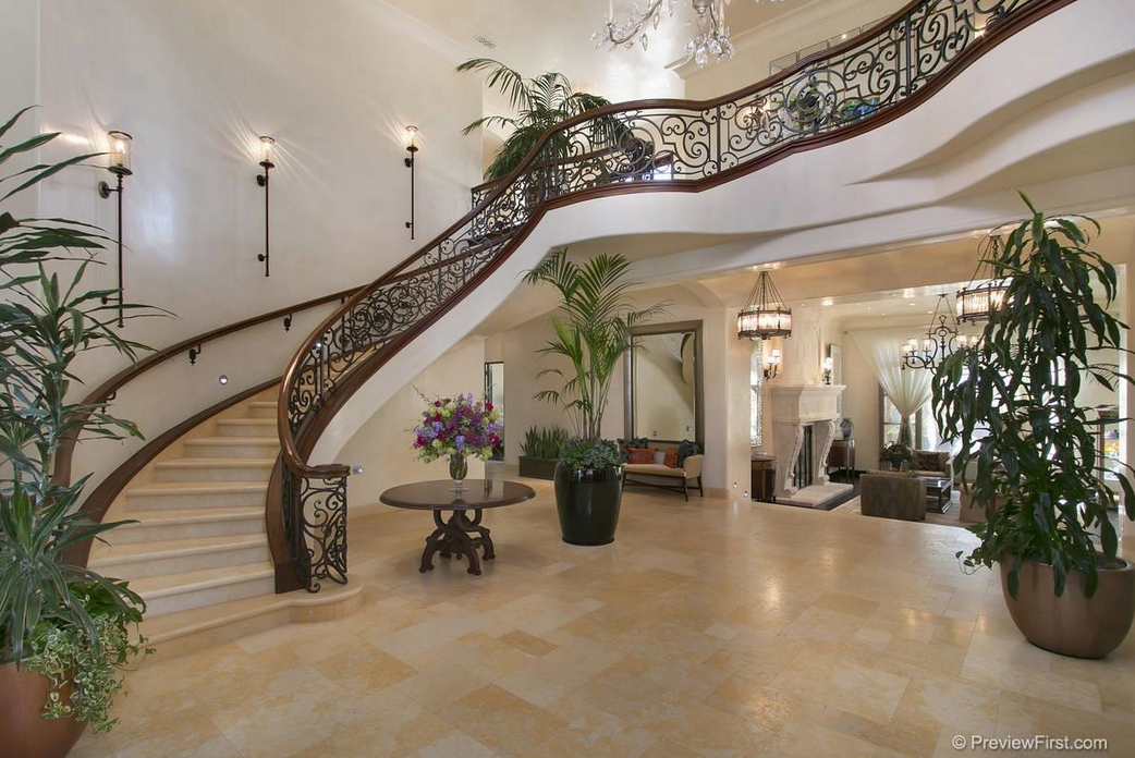 16 9 Million Newly Listed Mansion In San Diego Ca