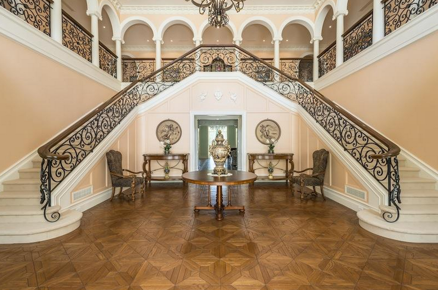 Foyer Wales Home : Tuscan inspired mansion in new south wales australia