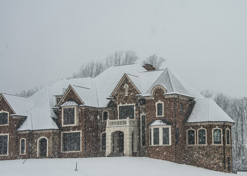 A Look At Some Mansions In The Snow Homes Of The Rich