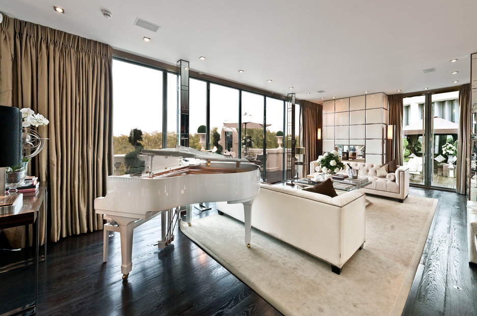 40 million 10 000 square foot penthouse in london for Living room square feet