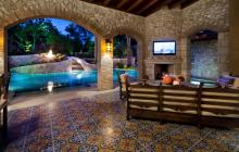 20 Luxurious Loggias