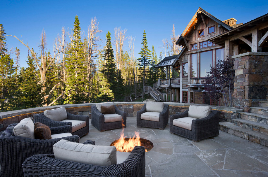 Rustic Elegance In The Yellowstone Club In Big Sky