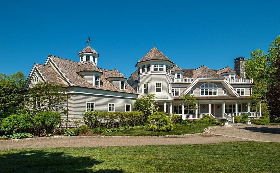 $8.25 Million Newly Listed Shingle Home In Greenwich, CT