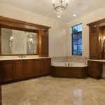 2nd Master Suite Bathroom