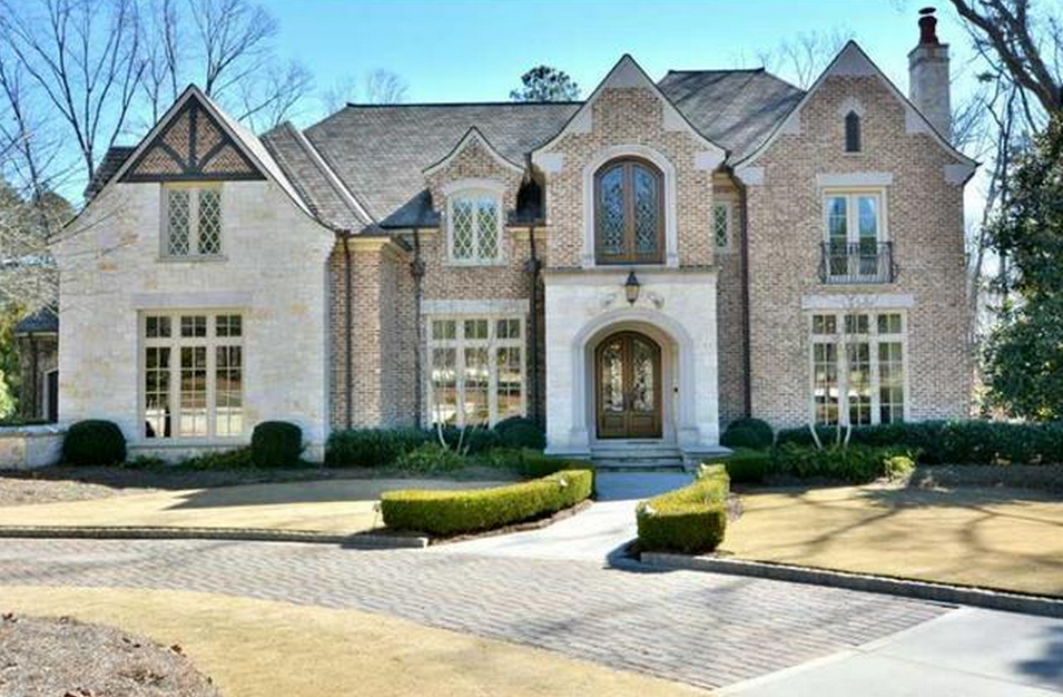 2 5 Million 11 000 Square Foot Brick Amp Stone Mansion In