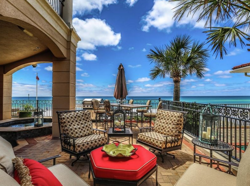 Palazzo Del Mar An 8 85 Million Beachfront Mansion In