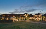 $6.85 Million Lakefront Estate In Austin, TX