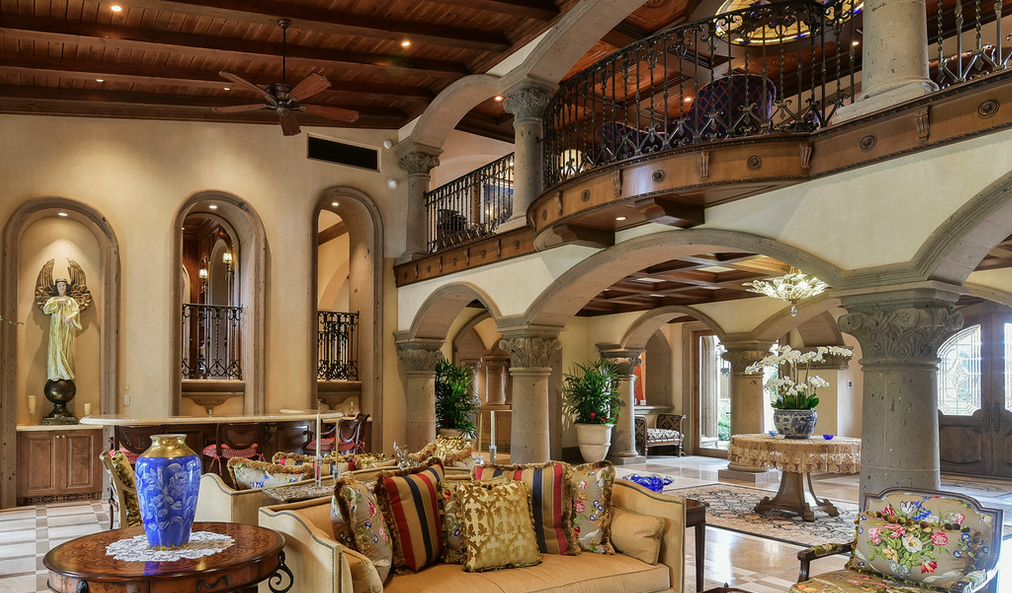 Casa bella a 16 9 million jaw dropping mediterranean for Casa bella homes