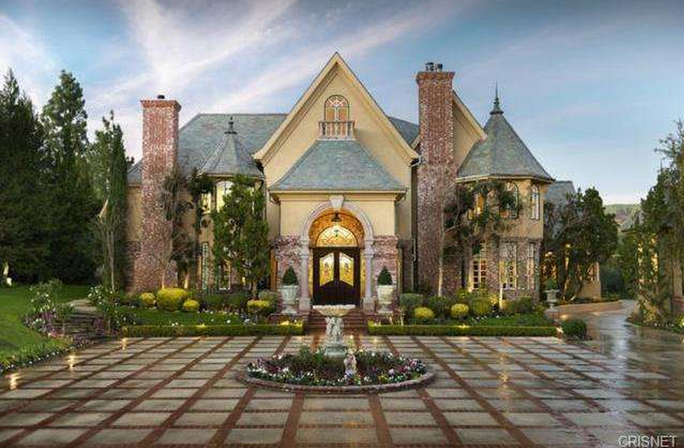 3 995 Million French Normandy Estate In Chatsworth Ca Homes Of The Rich