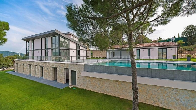 Newly Listed Contemporary Home In La Roquette-sur-Siagne, France