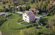 Villa Seicentesca – A Country Estate In Asolo, Italy