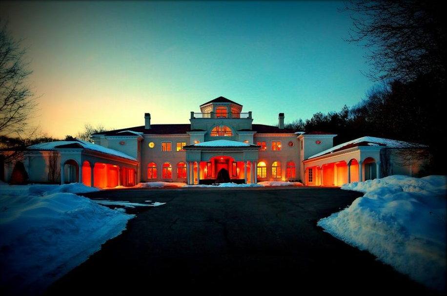 $10.8 Million 21,500 Square Foot Mansion In Oyster Bay, NY