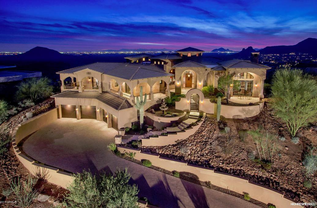 $3 Million Mountaintop Home In Fountain Hills, AZ