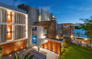 Balaam – A Contemporary Waterfront Mansion In Queensland, AU