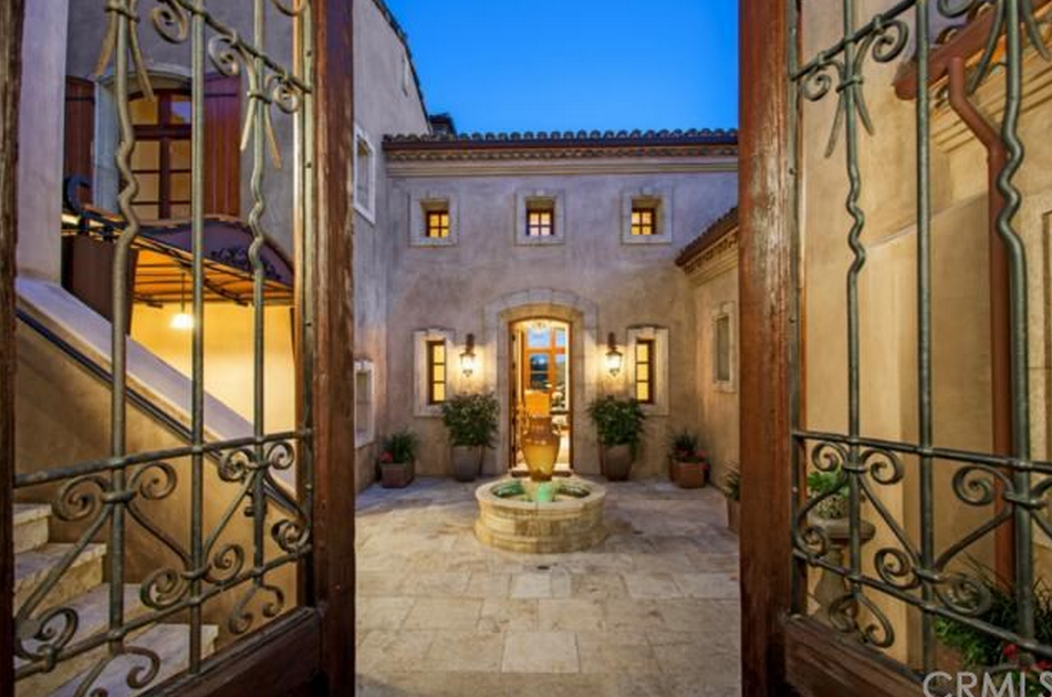 $8.995 Million Tuscan Inspired Mansion In Newport Coast, CA