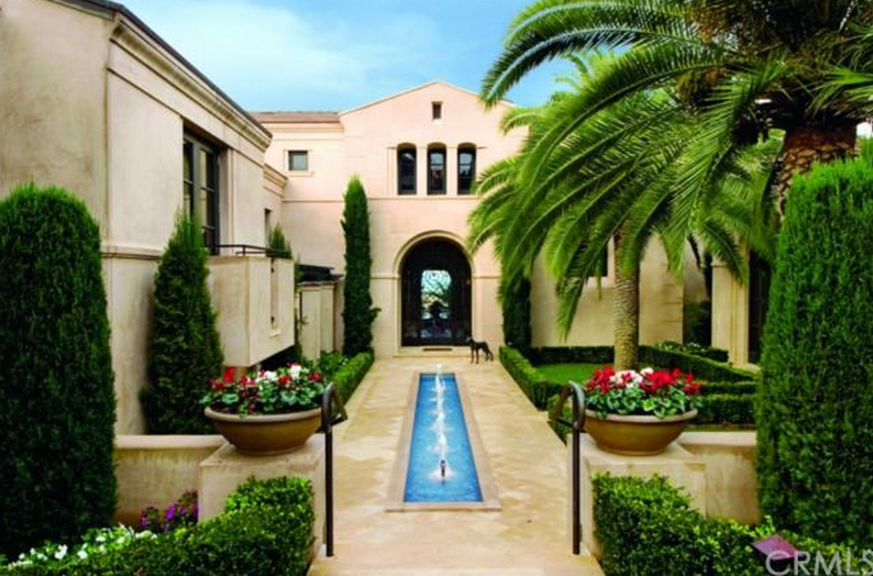 $29.9 Million Newly Listed Mansion In Newport Beach, CA