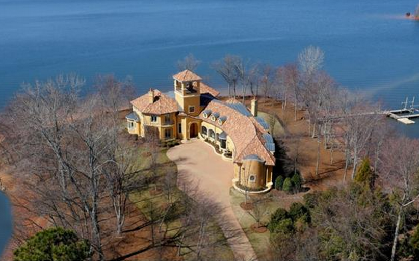 $4 Million Spanish Style Waterfront Mansion In Mooresville, NC