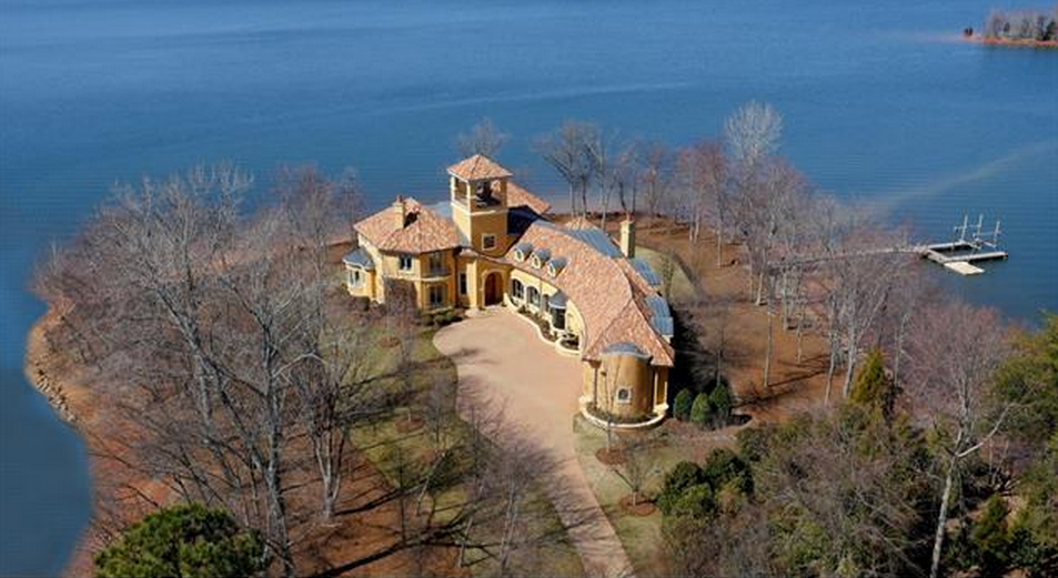 4 Million Spanish Style Waterfront Mansion In Mooresville Nc Homes Of The Rich