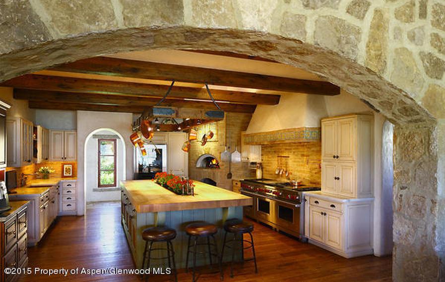 Il Podere A Magnificent 230 Acre Tuscan Estate In Vail