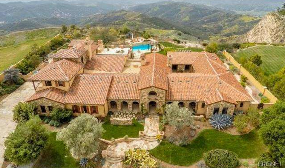 8 5 million tuscan mansion in calabasas ca homes of the rich