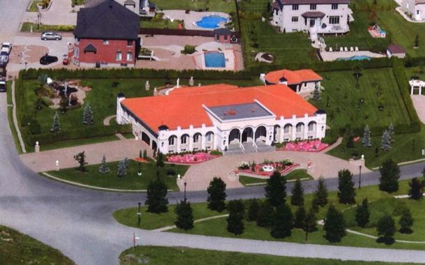 $7.5 Million Mansion In Quebec, Canada With 20-Car Subterranean Garage