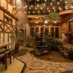 2-story Atrium Bar