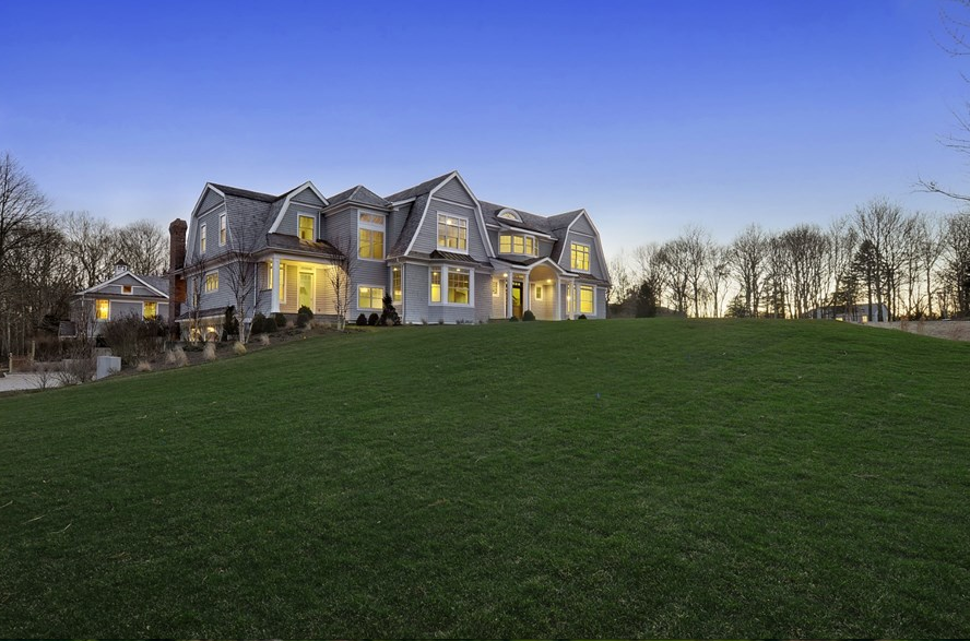 $5.95 Million Newly Built Shingle Style Home In Water Mill, NY