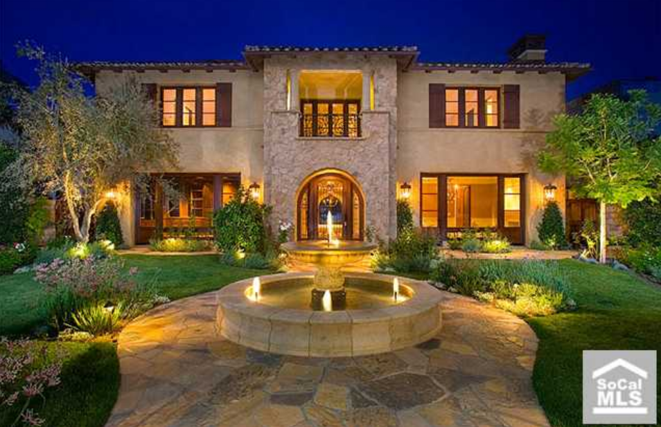 Tuscan waterfront estate in newport beach ca 100 000 for Rich homes in california