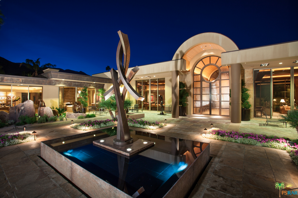 Philanthropist jim houston lists palm springs estate for for Palm springs for sale by owner