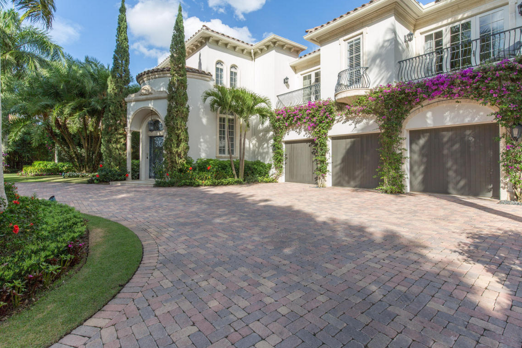 $7.9 Million Mansion In The Palm Beach Polo & Country Club
