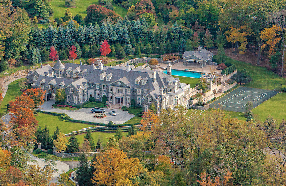 The Stone Mansion In Alpine NJ Re Listed For 399 Million