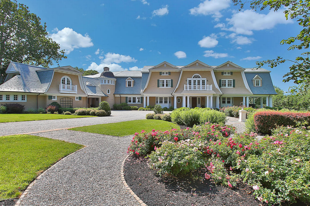 Million waterfront shingle mansion in rumson nj for Nj house builders