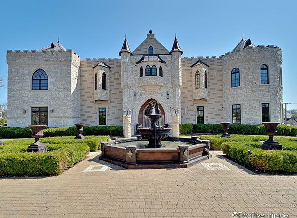 4 2 million 12 000 square foot castle like mansion in oak for Castle homes