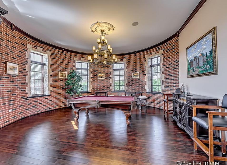 Mezzanine Kitchen Living Rooms