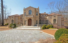 $2.9 Million Italianate Style Mansion In Memphis, TN