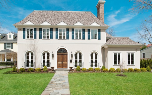 $3.39 Million Newly Built Stucco Mansion In Winnetka, IL