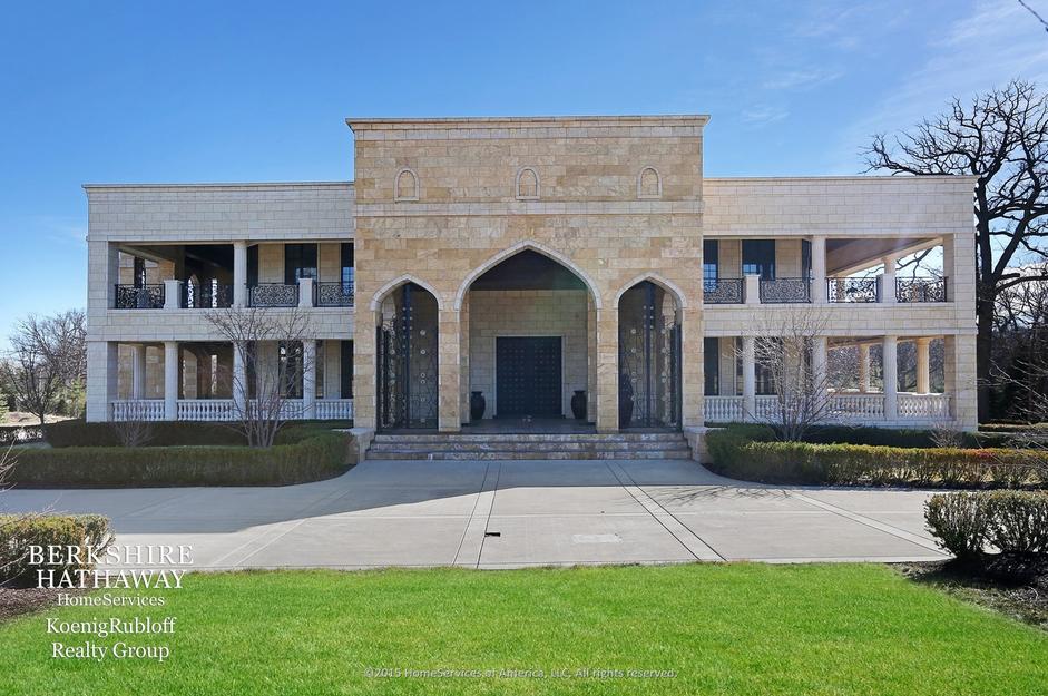 Rent The 45,000 Square Foot Villa Taj In Burr Ridge, IL For $20,000/Month
