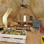 Playroom/Bonus Room