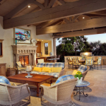 Pool House w/ Fireplace, Summer Kitchen & BBQ