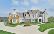 $2.995 Million Traditional Style Mansion In Prospect, KY