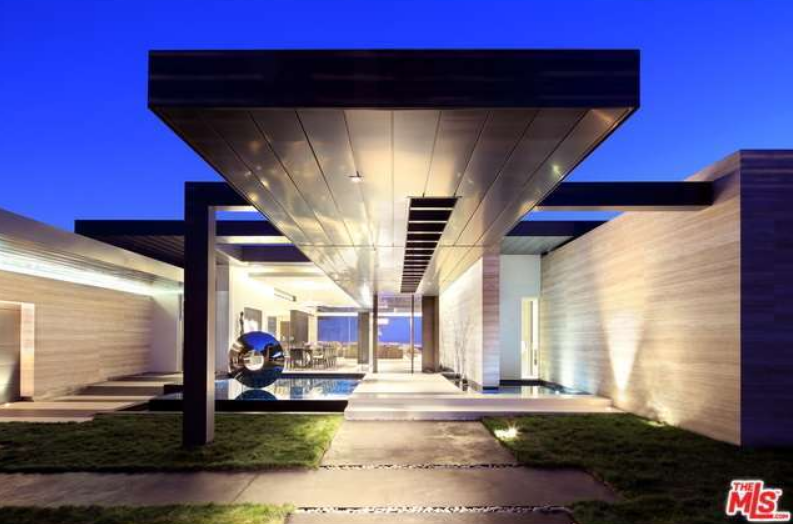 $19.9 Million Newly Built Contemporary Home In Beverly Hills, CA