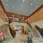 2-story Foyer w/ Grand Double Staircase