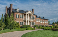 $6.9 Million Historic Lakefront Brick Mansion In Gallatin, TN