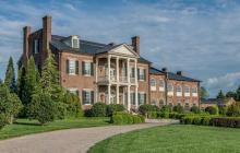 $6.9 Million Historic Lakefront Brick Mansion In Gallatin, TN