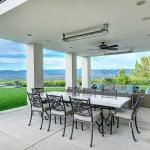 Dining/Living Pavilion