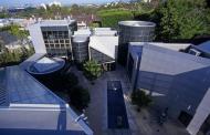 $18.9 Million Glass & Steel Mansion In Beverly Hills, CA