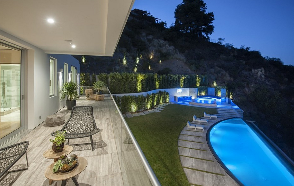 27 5 Million Newly Built Modern Mansion In Los Angeles
