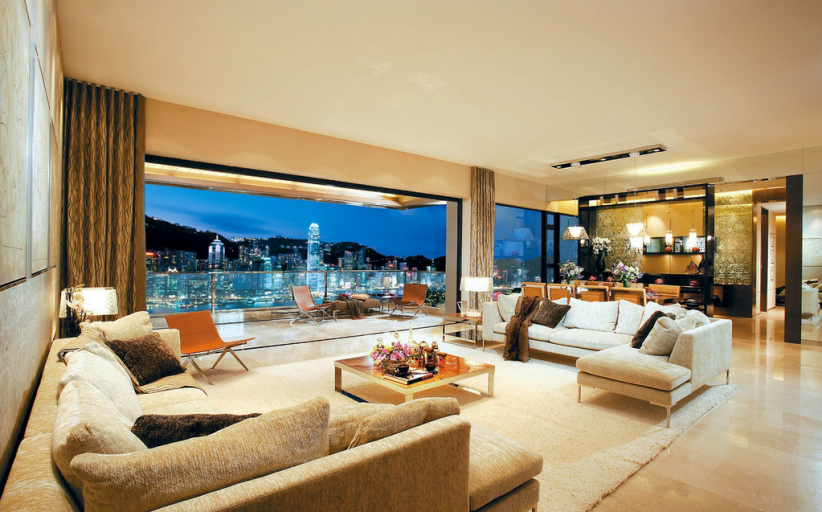 HOTR POLL: Which Living Room With Amazing Views Do You Prefer?
