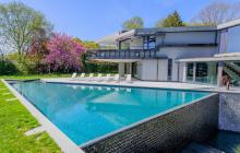 $19.5 Million Contemporary Mansion In Wainscott, NY